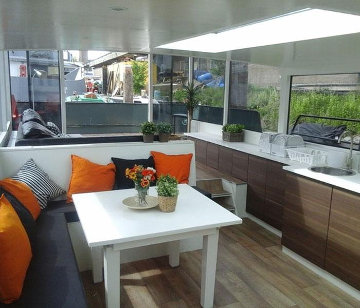 Loft boat Amsterdam houseboat rental Amsterdam